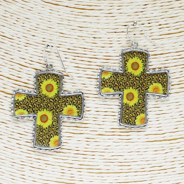 86509_Antique Silver/Brown, Sunflower n leopard cross acrylic earring