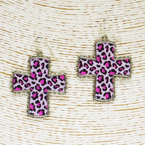 86509_Antique Gold/Pink, leopard cross acrylic earring