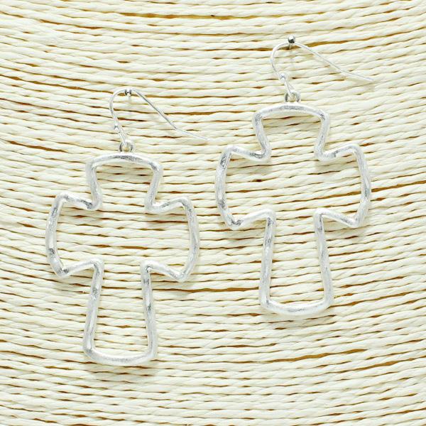 86767_Worn Silver, open cross earring