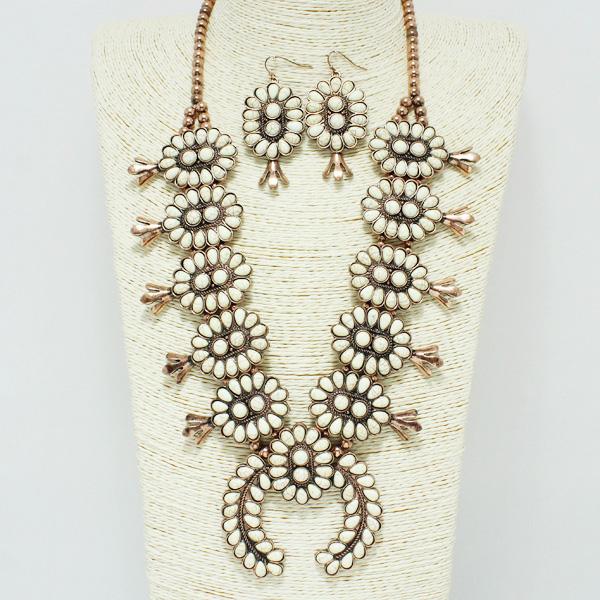 84621_Copper Burnished/Ivory, western semi precious squash blossom necklace