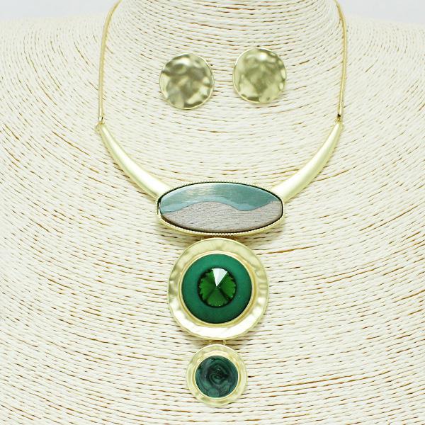 87237_Mat Gold/Green, epoxy geometric necklace