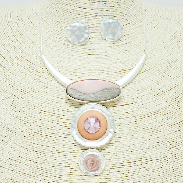 87237_Mat Silver/Pink, epoxy geometric necklace